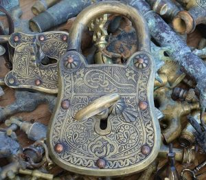 pakohuone locks and keys in a pile. pako group lahti