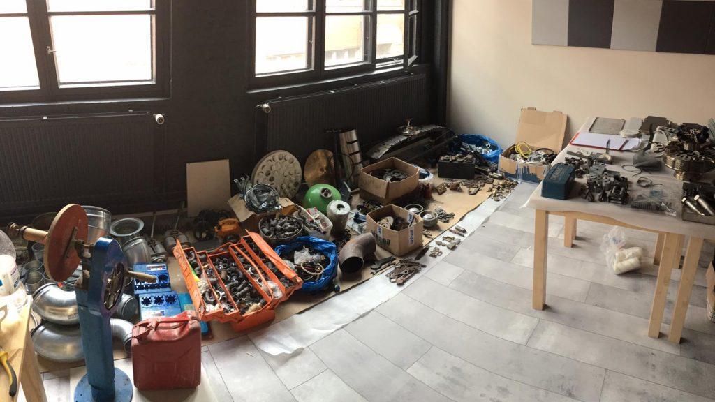 Escape room props