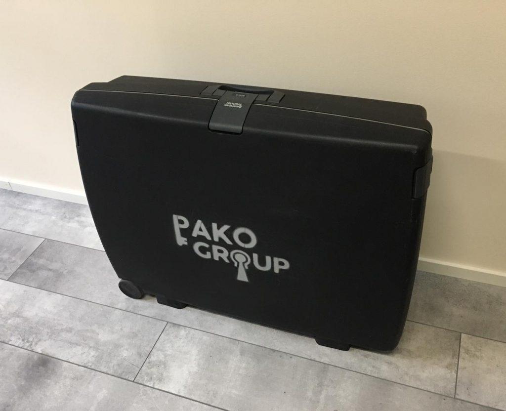 dinolaakso matkalaukku pelin kuljetukseen, liikuteltava, vuokrattava, pakopeli